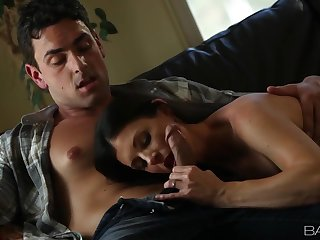 Comely foreplay with flawless milf pornstar India Summer