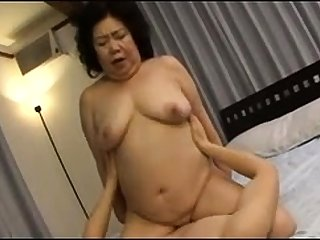 Hardcore Granny hardcore banged by younger little shaver