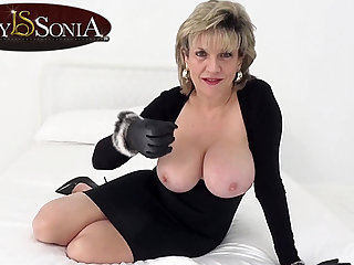Lady Sonia wants you to wank while staring at her jugs