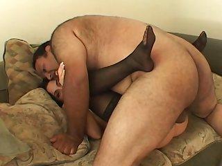 Fat guy fucks a hottie on cam plus cums prevalent her