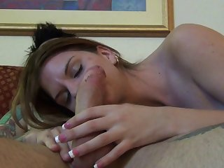 Skinny amateur Brooklyn Daniels moans during spot on target sex on chum around with annoy bed