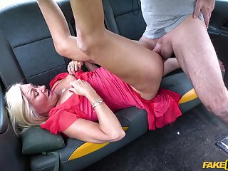 Blonde mature fucked on the back seat and made to swallow