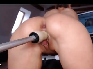 Milf observing Herself Squirt outlander Machine Fuck