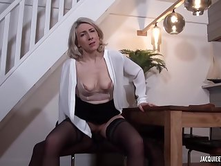 Black pauper is fucking a mature, blonde woman, Julie Francais, measurement their way husband is working