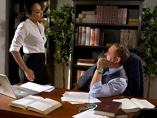 Fucking on the assignment table with mesmerizing secretary Vicki Chase