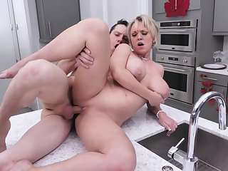 Sexual addiction once severe through mommy's botheration