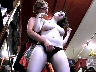 Mature amateur Eva Minax undressed plus licked by Dixon Mason