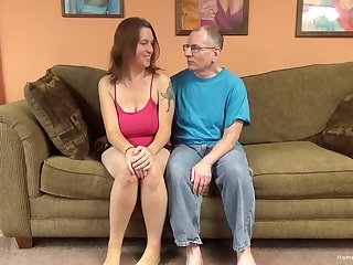 Erotic brunette bungling with whacking big natural tits is reachable on every side entertain this pater shot some fun!