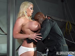 Conceal cougar works the BBC in flawless XXX action