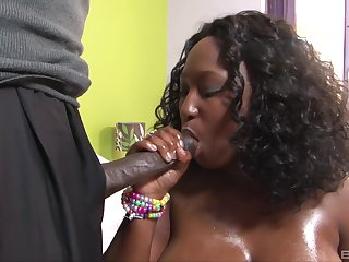 Chubby ebon loves the hard pumping her lover applies