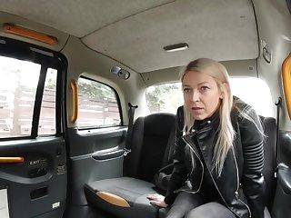 Sexy Czech blonde milf got a free ride