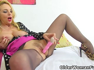 Elegant Eve And Lucy Gresty In Blonde From The Uk Will Make You Come Back For More